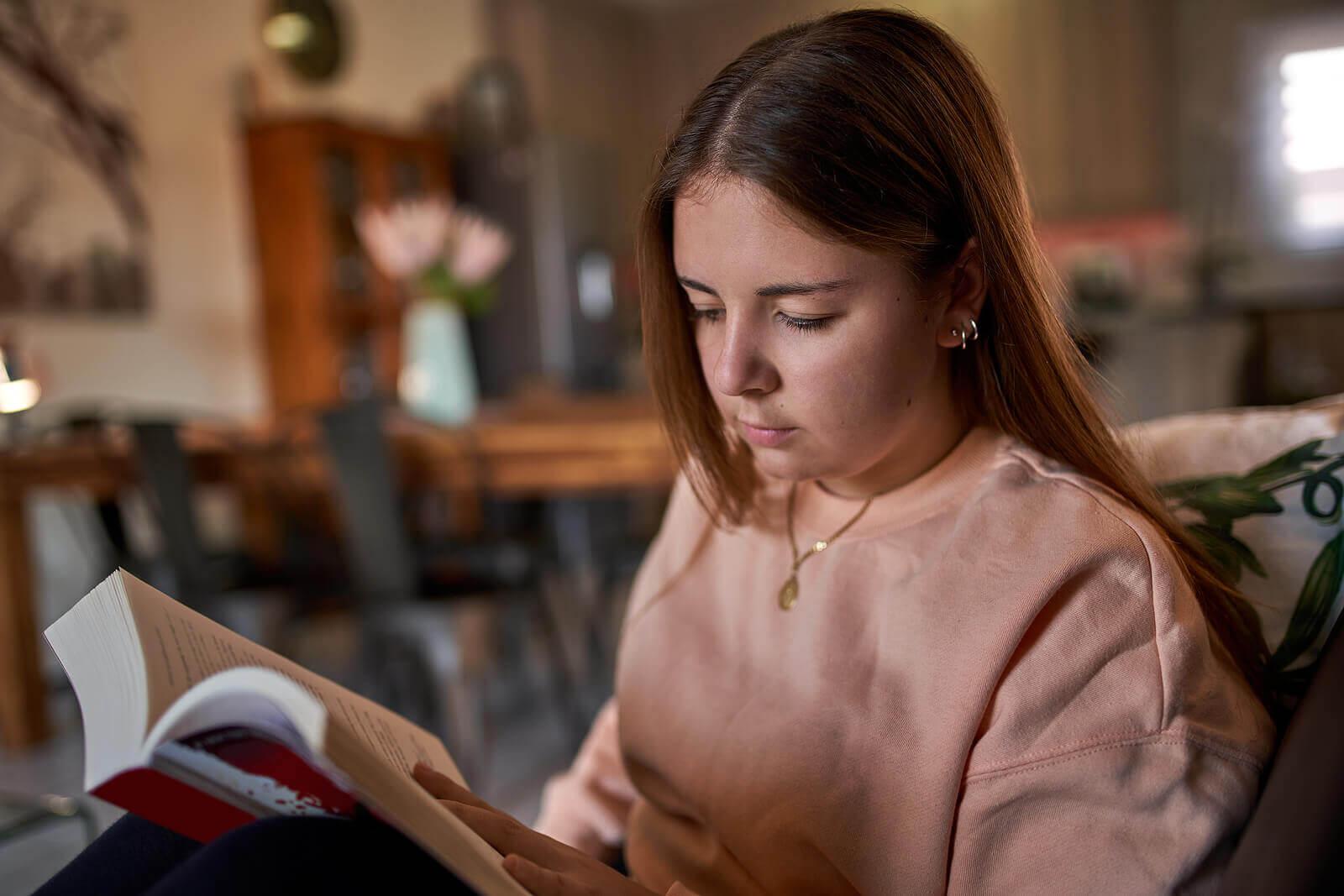 Livros e autores que farão os adolescentes lerem.