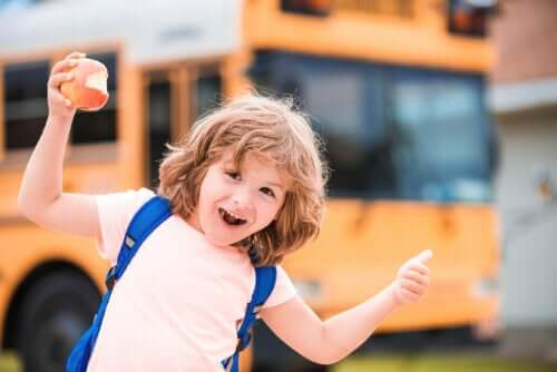 7 frases para motivar a criança na escola