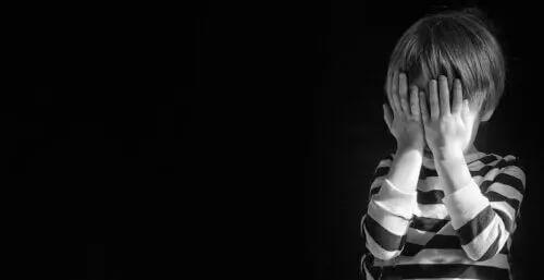 Sinais de que uma criança está pensando em suicídio