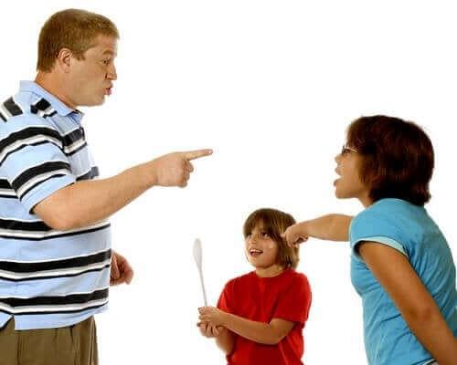 Ciúme em crianças: como lidar com isso?