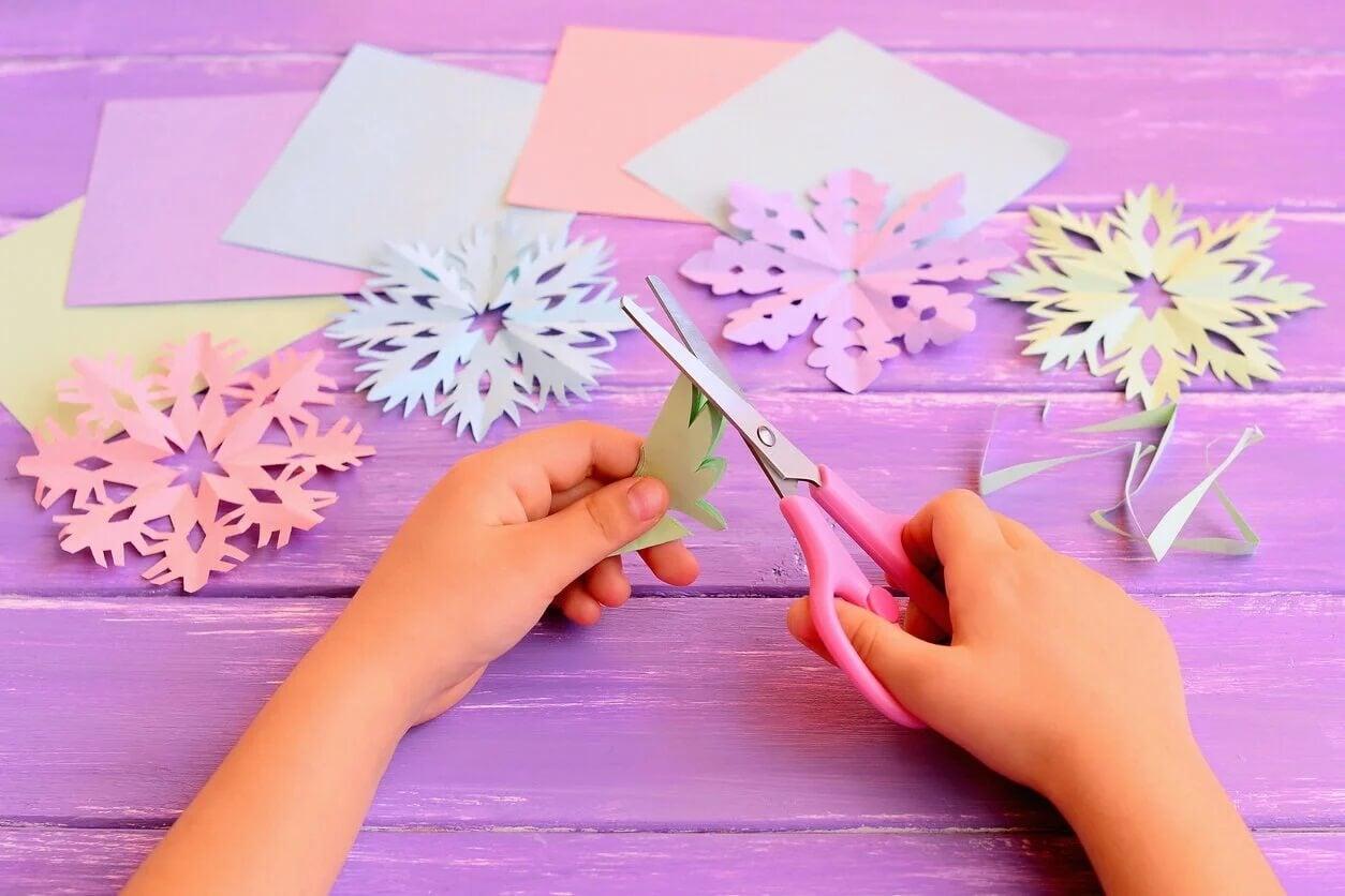 Kirigami para fazer artesanato em papel.