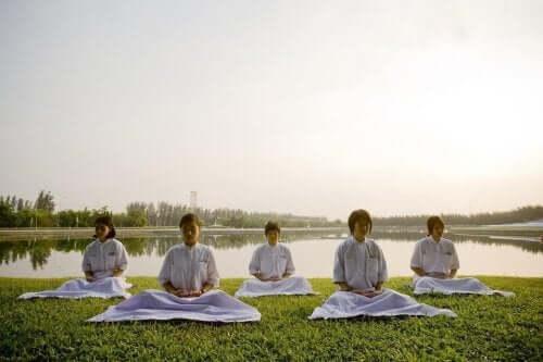 Você sabe o que o budismo ensina para a educação do seu filho?