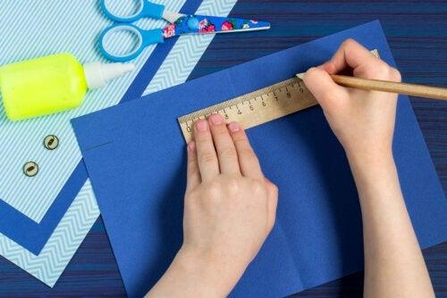 4 artesanatos de papel para fazer com as crianças