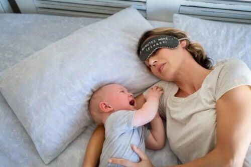 4 dicas para ajudar seu bebê a dormir à noite