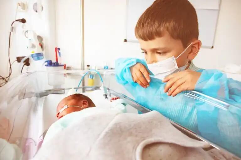 As vacinas em bebês prematuros.