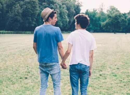 Orientação sexual na adolescência: como conversar com seus filhos
