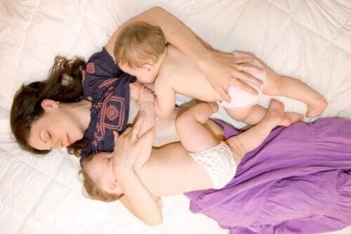 10 dicas para a amamentação de gêmeos