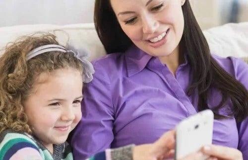 Ser mãe e pai na era digital