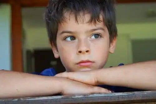 Aprenda a ensinar as crianças a lidar com a frustração.