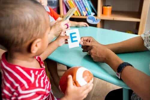 O que é neuropsicopedagogia infantil?