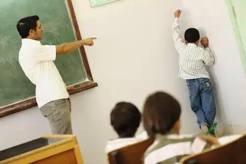 10 erros ao punir as crianças.
