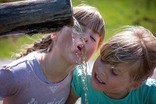 Como aliviar os efeitos do calor nas crianças