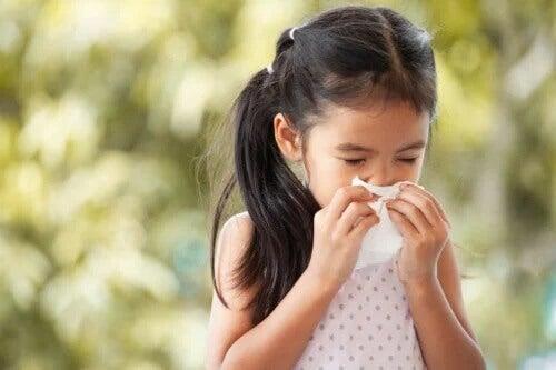 Quando se preocupar com o resfriado na infância?