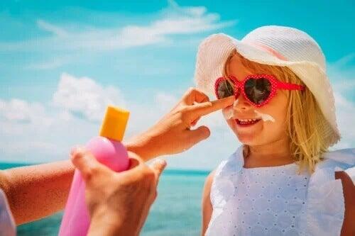 10 mitos de cuidados com a pele no verão