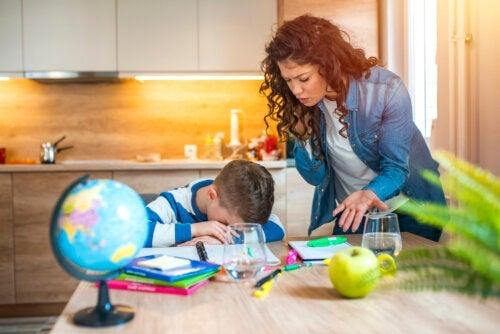Meu filho perde tudo: como posso ajudá-lo?